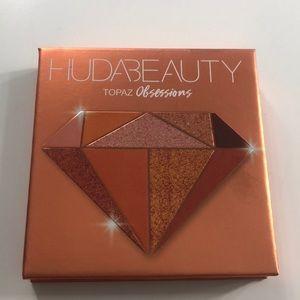 "Huda beauty ""topaz"" obsessions"